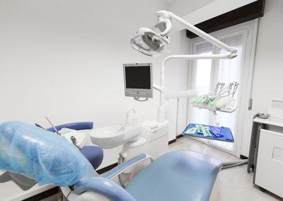 Studio dentistico como17